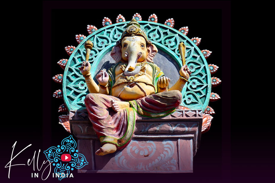 Kelly in India: Episode 04. Ganesh by Night